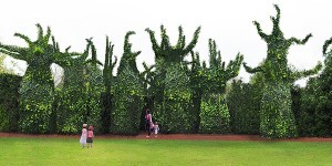 surrealist-garden-design_thumb.jpg
