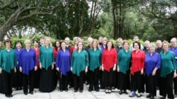 Choir_outdoors.jpg-237_.jpg